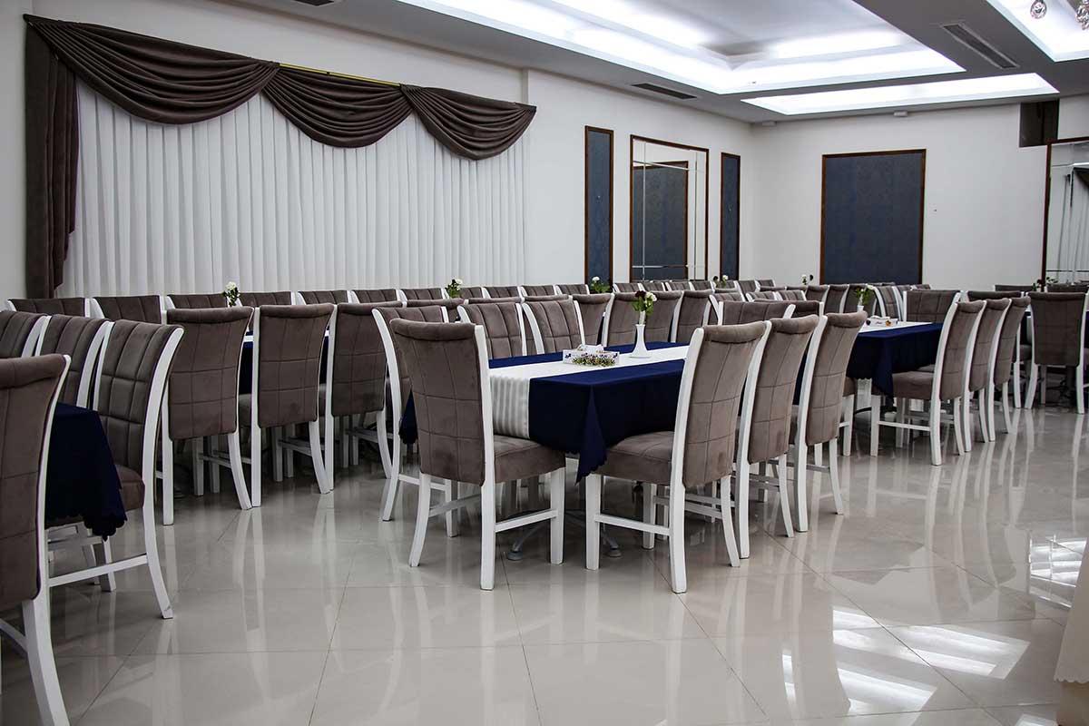 تالار داخلی هتل