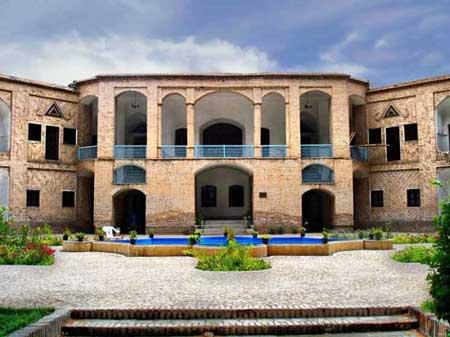 باغ تاريخي اکبريه